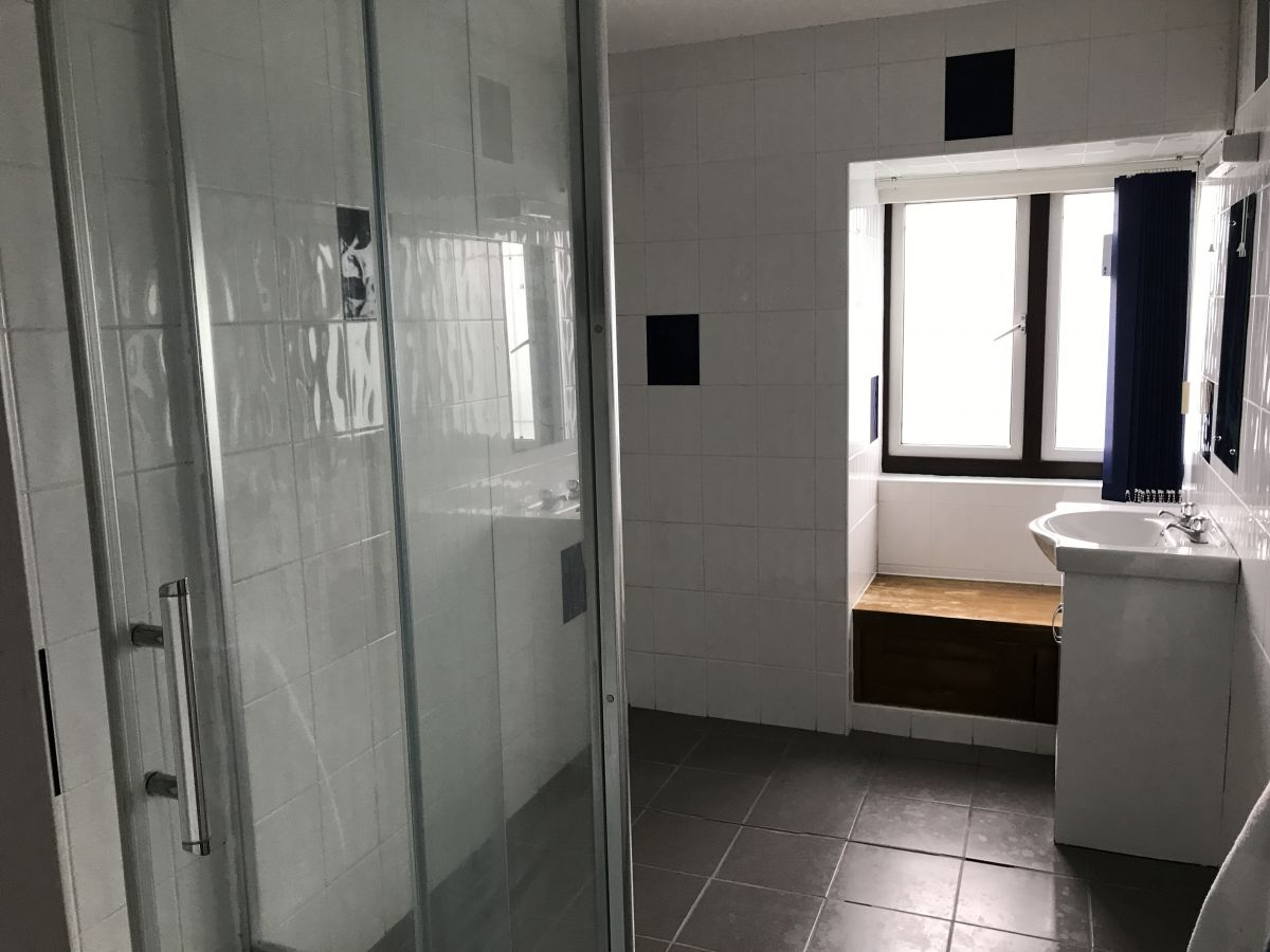 Shower Room in 3 Sylvester Road