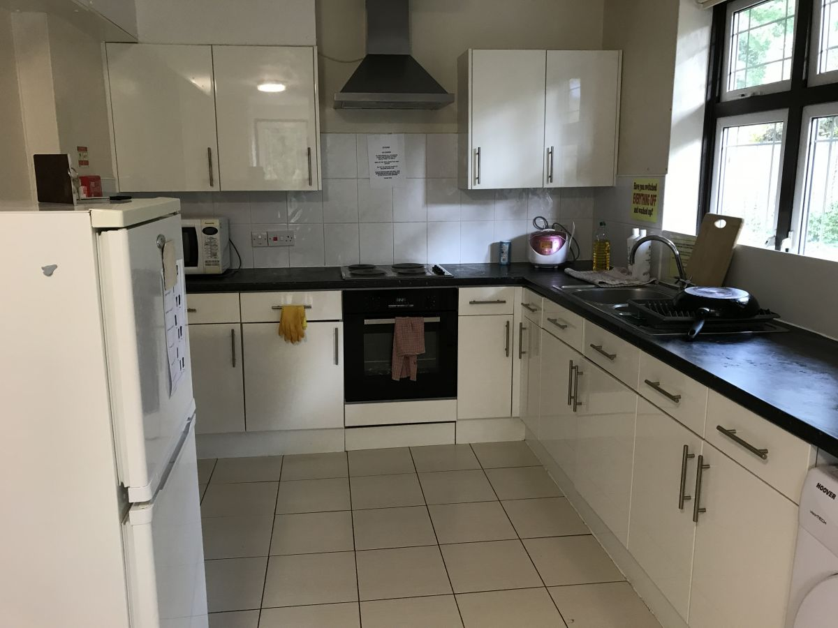 Kitchen in 3 Sylvester Road